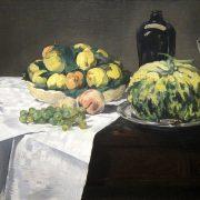 fruits et melon sur un buffet
