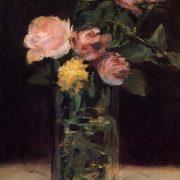 roses dans un vase de verre